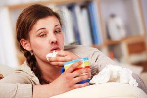 Bei Verdacht auf chronische Lungenentzündung sollten Sie sofort zum Arzt.